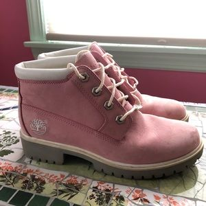 💓Pink Timberland Boots💓